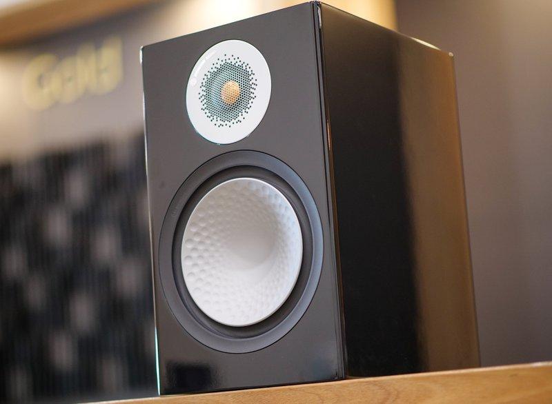 silver 100 bookshelf speakers