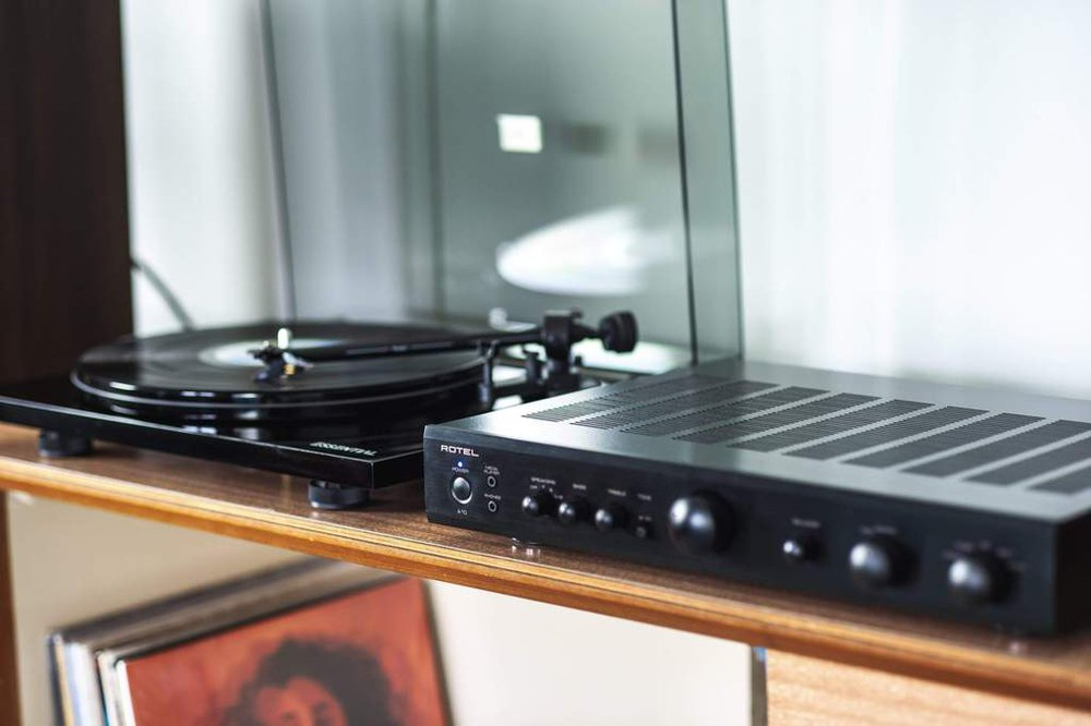 Rotel A10 Hifi System