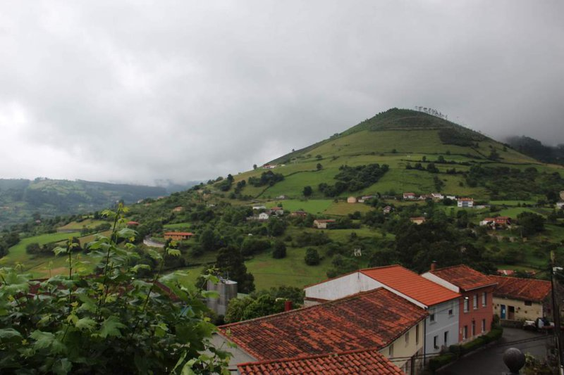 asturias travel guide - what to see in asturias