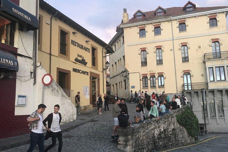 asturian cider pouring festivals