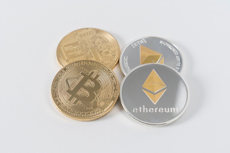 Telco and Tech news: Ethereum / Bitcoins