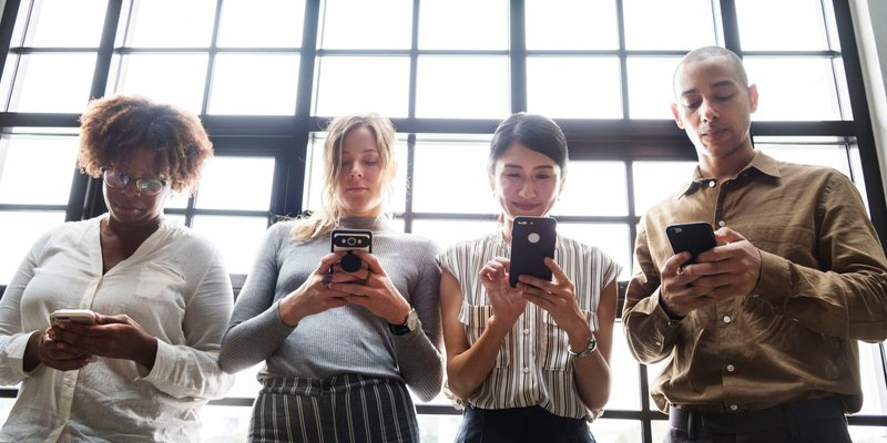 Local search study finds that 92% of 26 to 36 year olds use their smartphones for local search inquiries in 2018