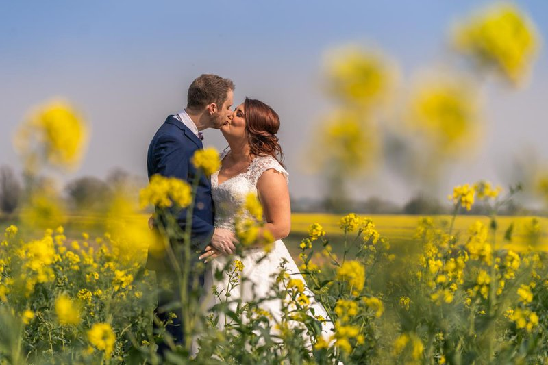 wedding day photos - bride and groom kissing