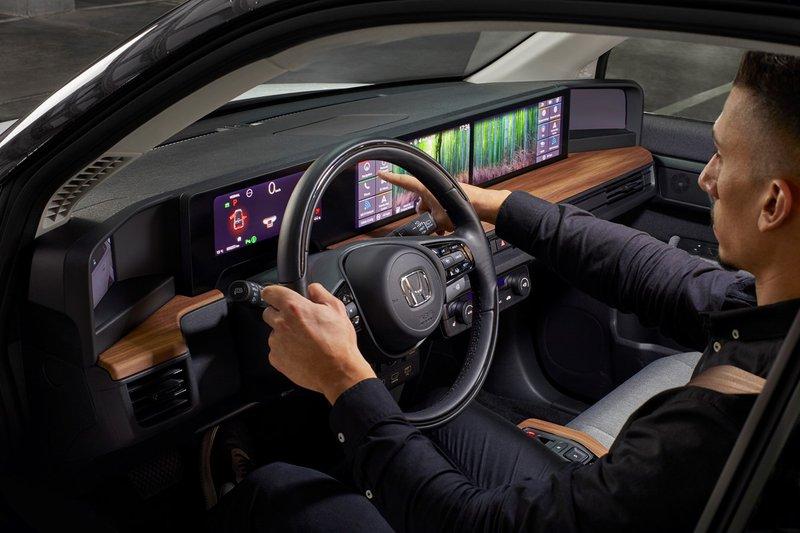 Honda e : Des écrans digitaux partout