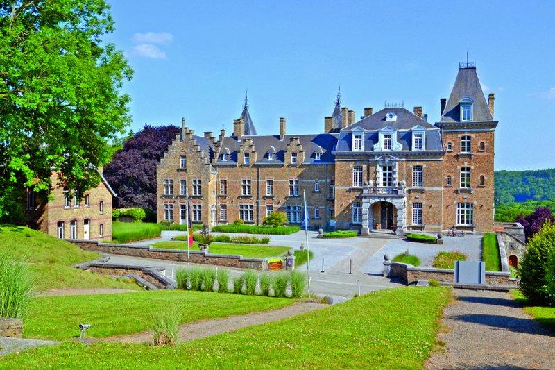 Wallonie-Chateau de la poste