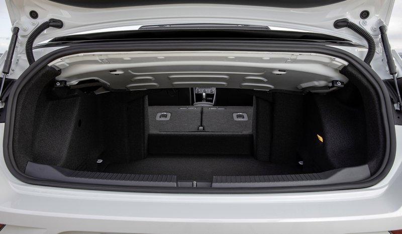 VW T Roc habitabilité coffre