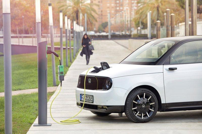 Honda e en recharge