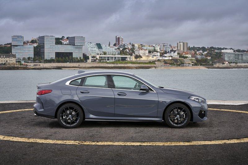 La BMW Série 2 face à sa rivale directe, la Mercedes CLA