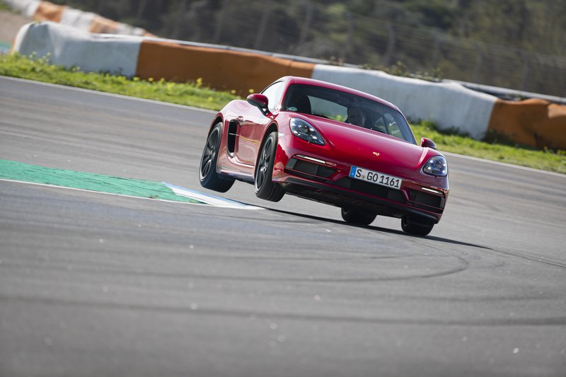 Porsche 718 GTS 4.0 sur circuit