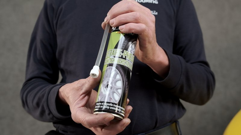 Une bombe anti crevaison, une alternative au kit de réparation