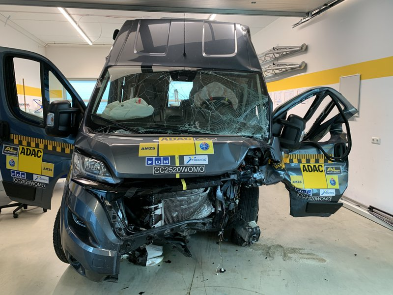 Motorhome crash test